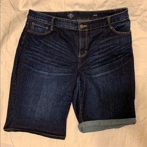 St. John's Bay women's Bermuda jean shorts 20w